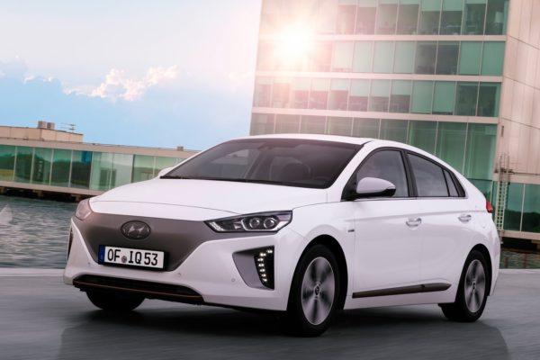 1911_Hyundai-Ioniq-2017-1600-0d